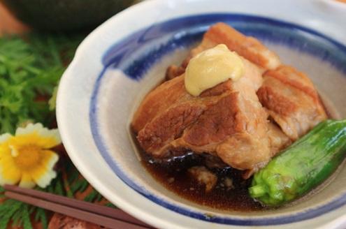 豚角煮は圧力鍋で煮込むと染み込みが速い